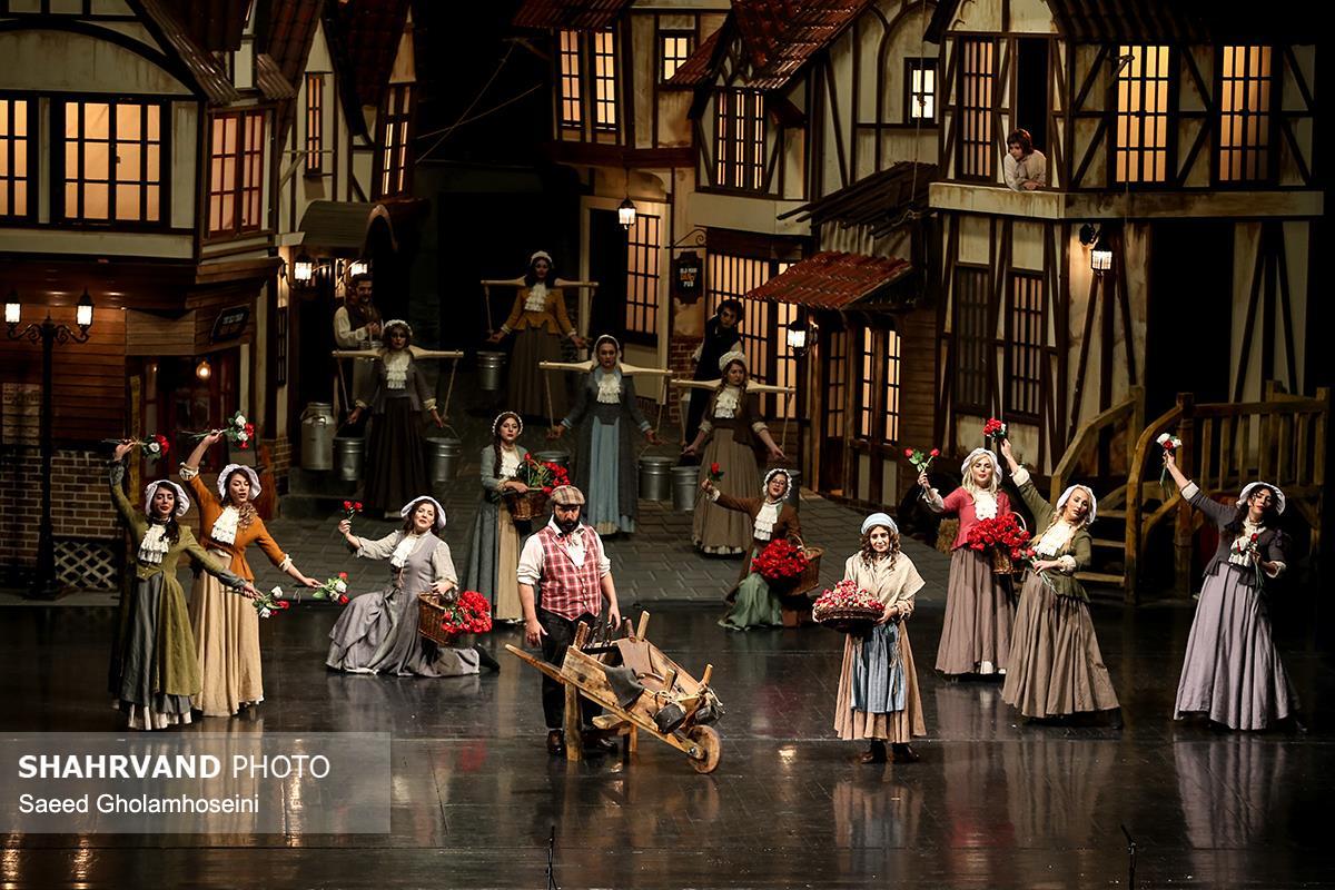 صحنه ای از نمایش موزیکال الیور توئیست